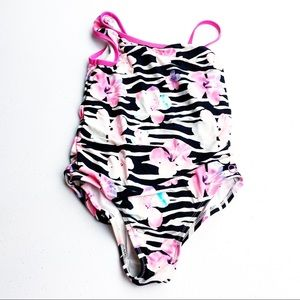 5 for $20 SALE OP one piece bathing suit